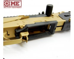 Enlarged AK magazine base for carbines