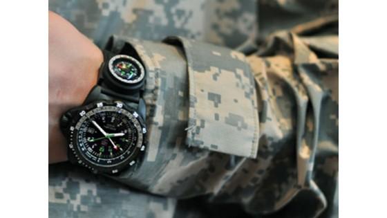 Luminox - часы для боевого применения.